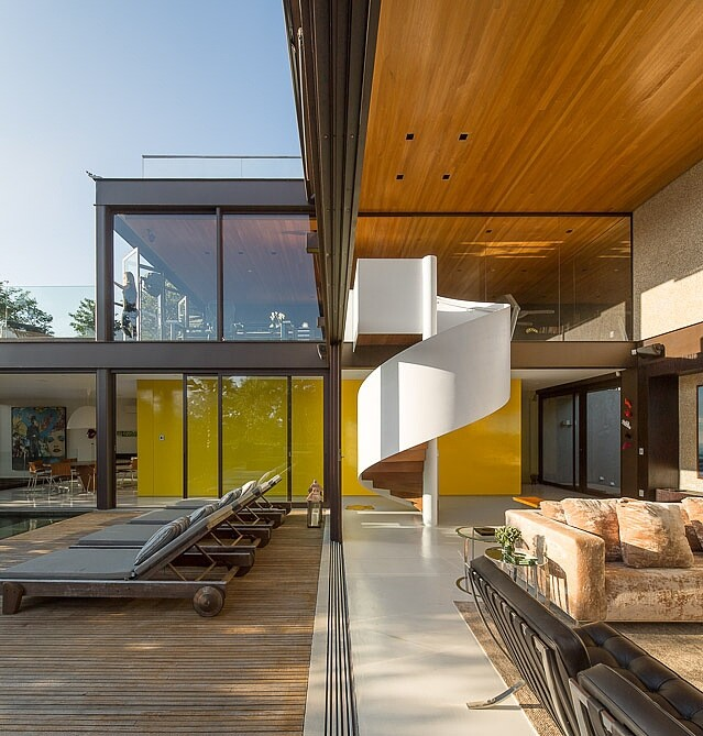Fernanda Marques - a dream house in Brazil