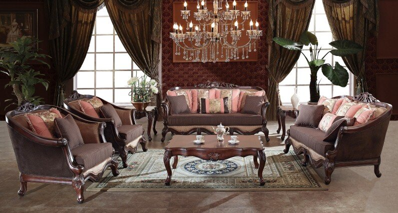 A beautiful selection of 15 living rooms, decorated in classic style (2)