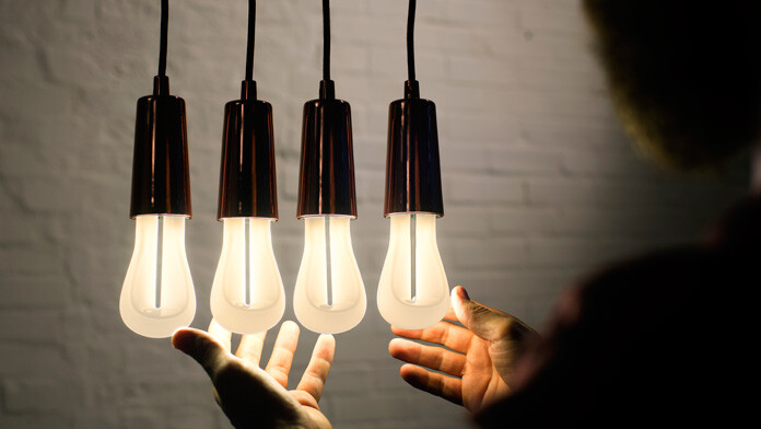 Designer Samuel Wilkinson has chosen to redefine filament bulbs - Plumen (12)
