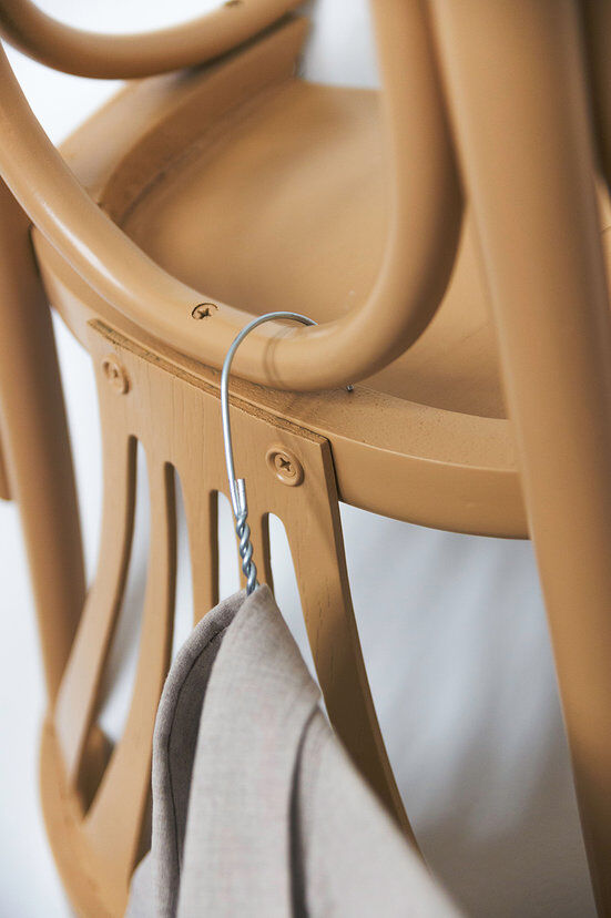 Nikos Tsoumanis' creativity. How can you use the old chairs (1)