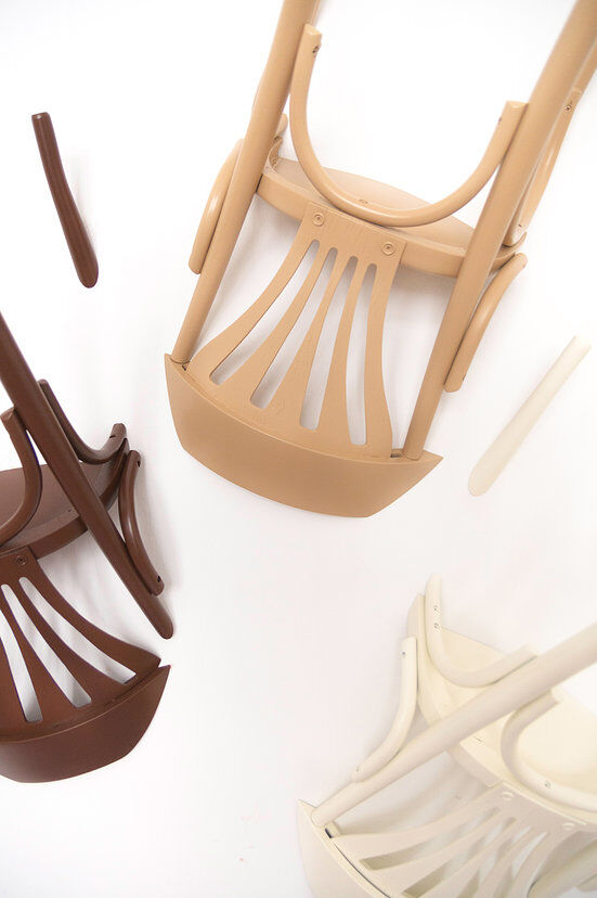 Nikos Tsoumanis' creativity. How can you use the old chairs (2)