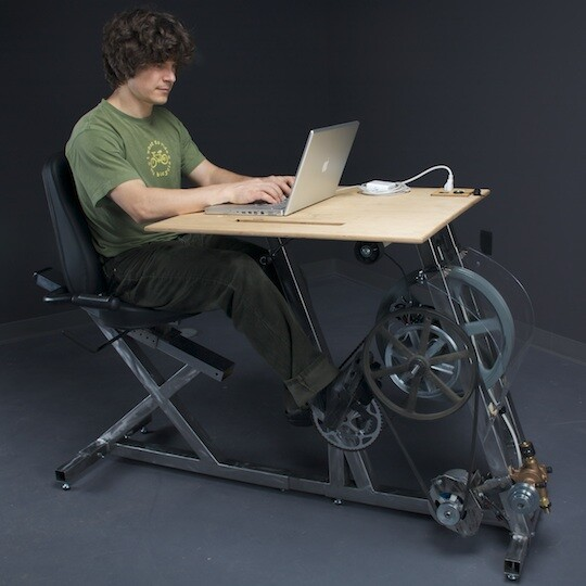 Big Rig – combine office work with physical activity, by Pedal Power Design