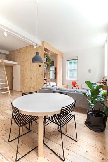 Flinders Lane Apartment by Clare Cousins Architects (3)
