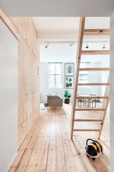 Flinders Lane Apartment by Clare Cousins Architects (5)