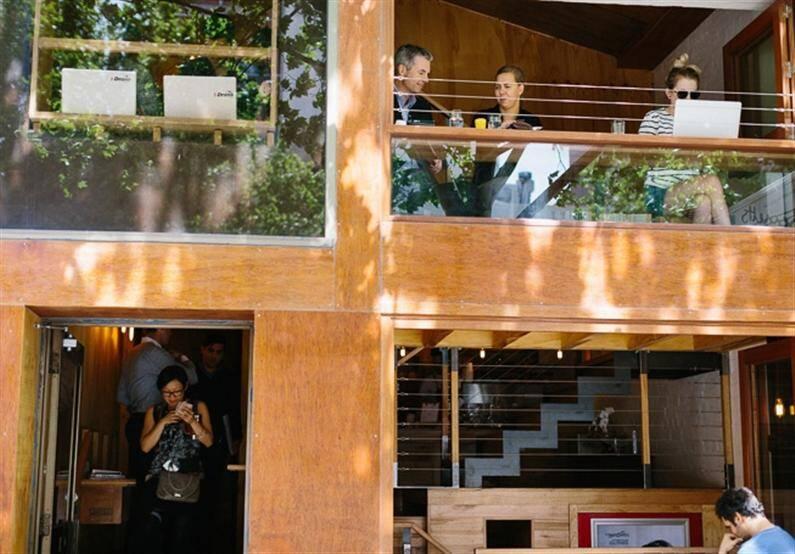 Flipboard cafe by Brolly Studios (14)