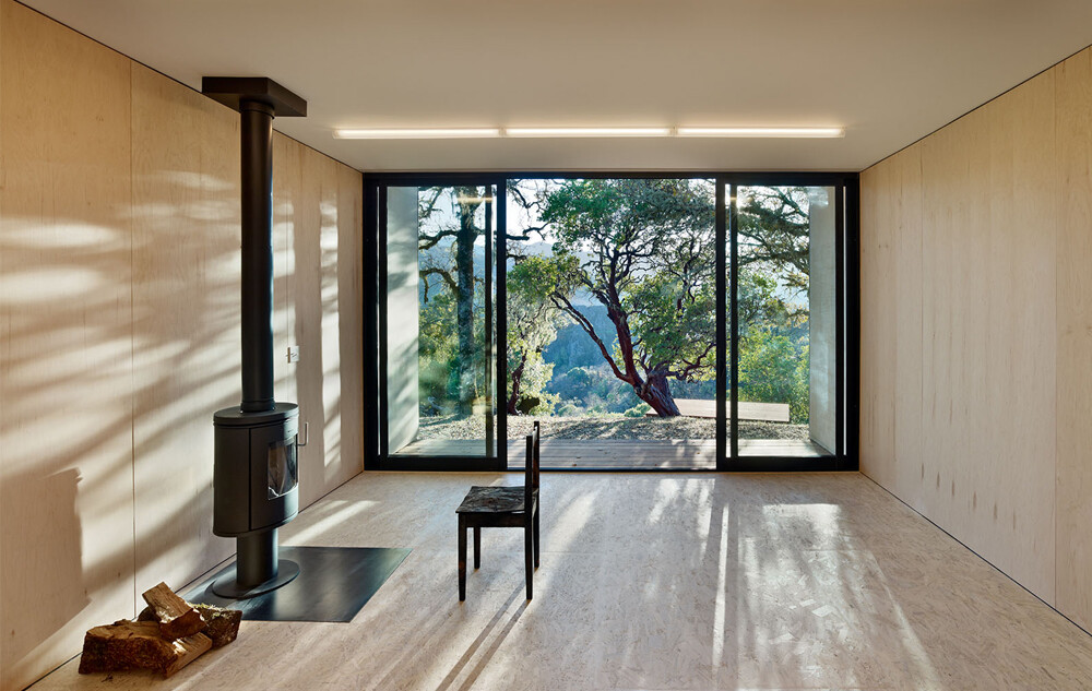 Moose Rd House- low cost, durability and environmental protection by Mork Ulnes Architects (13)