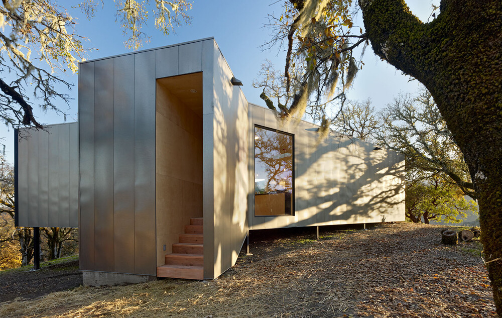 Moose Rd House- low cost, durability and environmental protection by Mork Ulnes Architects (16)
