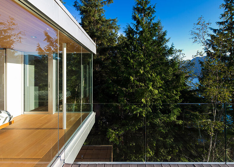 Gambier Island House - where beauty and silence reign  by McFarlane Green Biggar Architects (13)