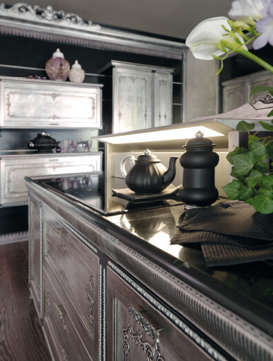 Kitchen inspired by the Baroque and Venetian theater (7)