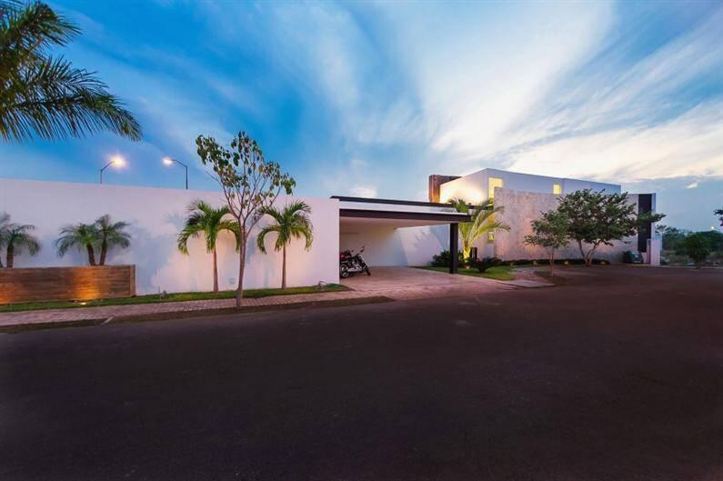 PL2House by Seijo Peon Arquitectos y Asociados (18) (Custom)