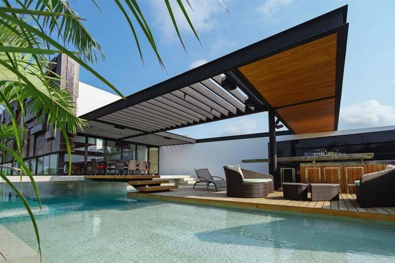 PL2 House by Seijo Peon Arquitectos y Asociados (Custom)
