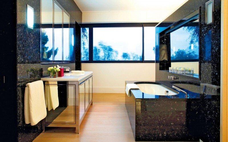Villa - a splendid destination of French Riviera (16)