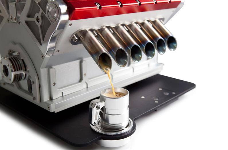 Espresso Veloce, coffee machine / a tribute to Grand Prix