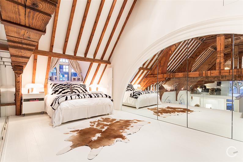 Modern interior design - Gianna Camilotti - www.homeworlddesign.com 9