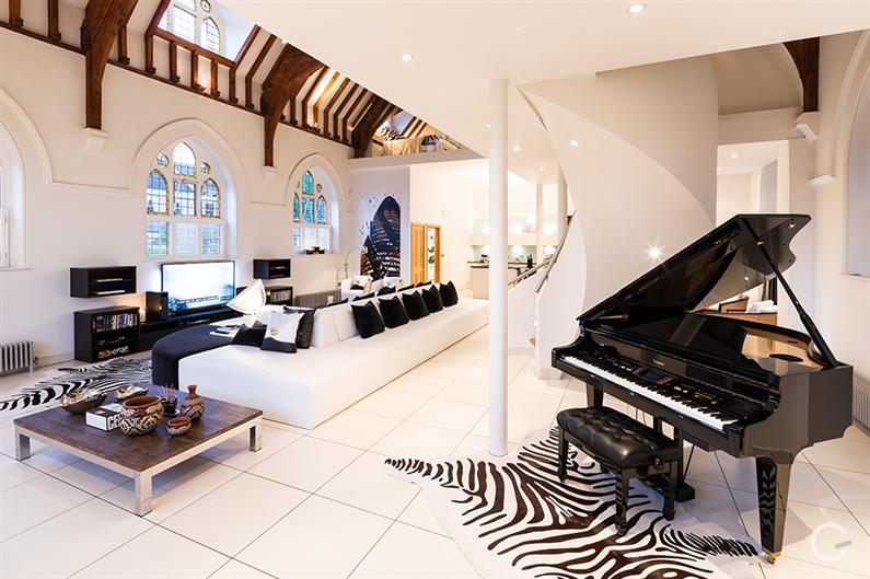 Modern interior design - Gianna Camilotti - www.homeworlddesign.com 1