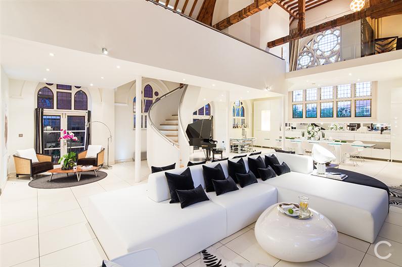 Modern interior design - Gianna Camilotti - www.homeworlddesign.com 2