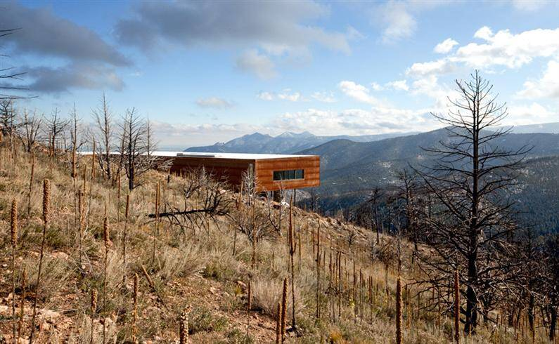 Sunshine C. Residence by THA Architecture - www.homeworlddesign.com (1)