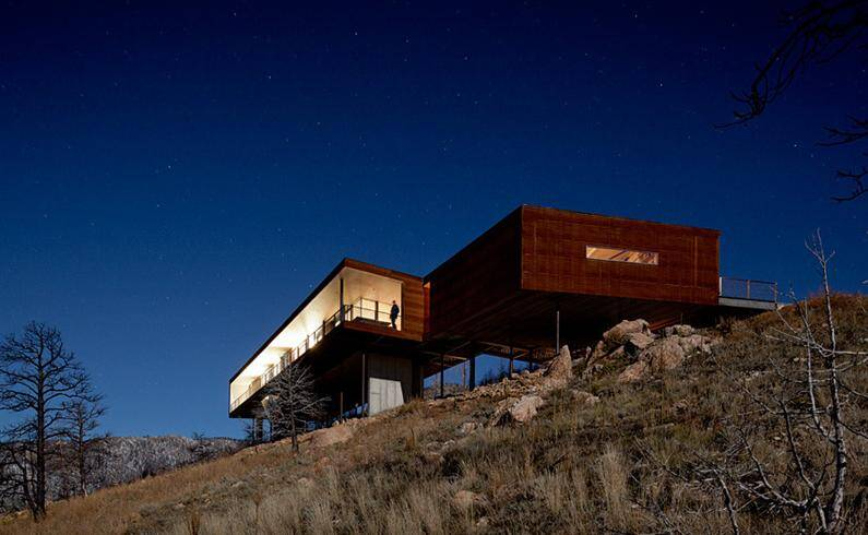 Sunshine Canyon Residence by THA Architecture - www.homeworlddesign.com (7)