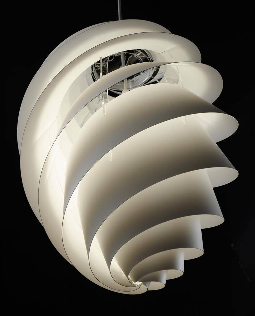 Swirl lamps light and delicately by Le Klint (5) (Custom)