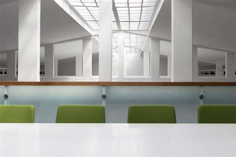 Tarkett Academy by Modelart Arhitekti - www.homeworlddesign.com (12)
