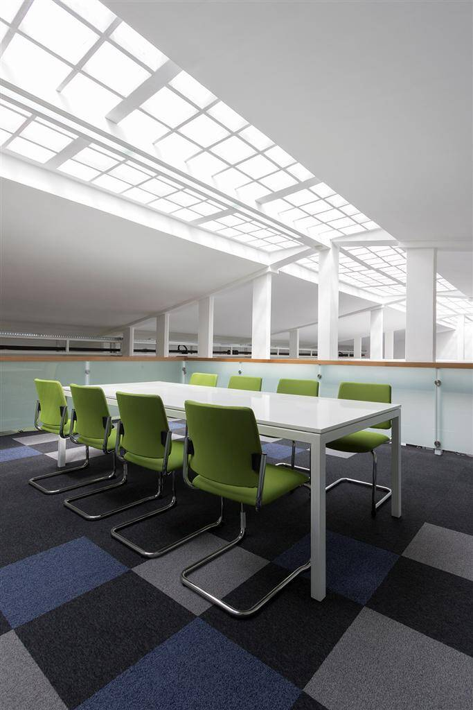 TarkettAcademy by Modelart Arhitekti - www.homeworlddesign.com (8)