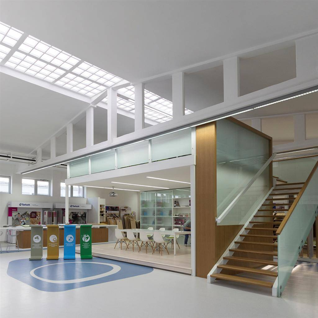 Tarkett Academy by Modelart Arhitekti - www.homeworlddesign.com