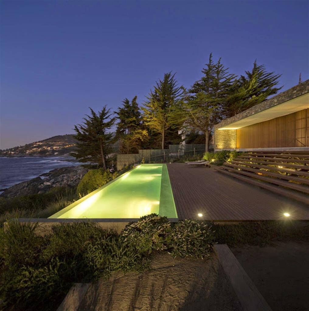 Casa Rocas by Studio MK27 and 57Studio - www.homeworlddesign.com (26)