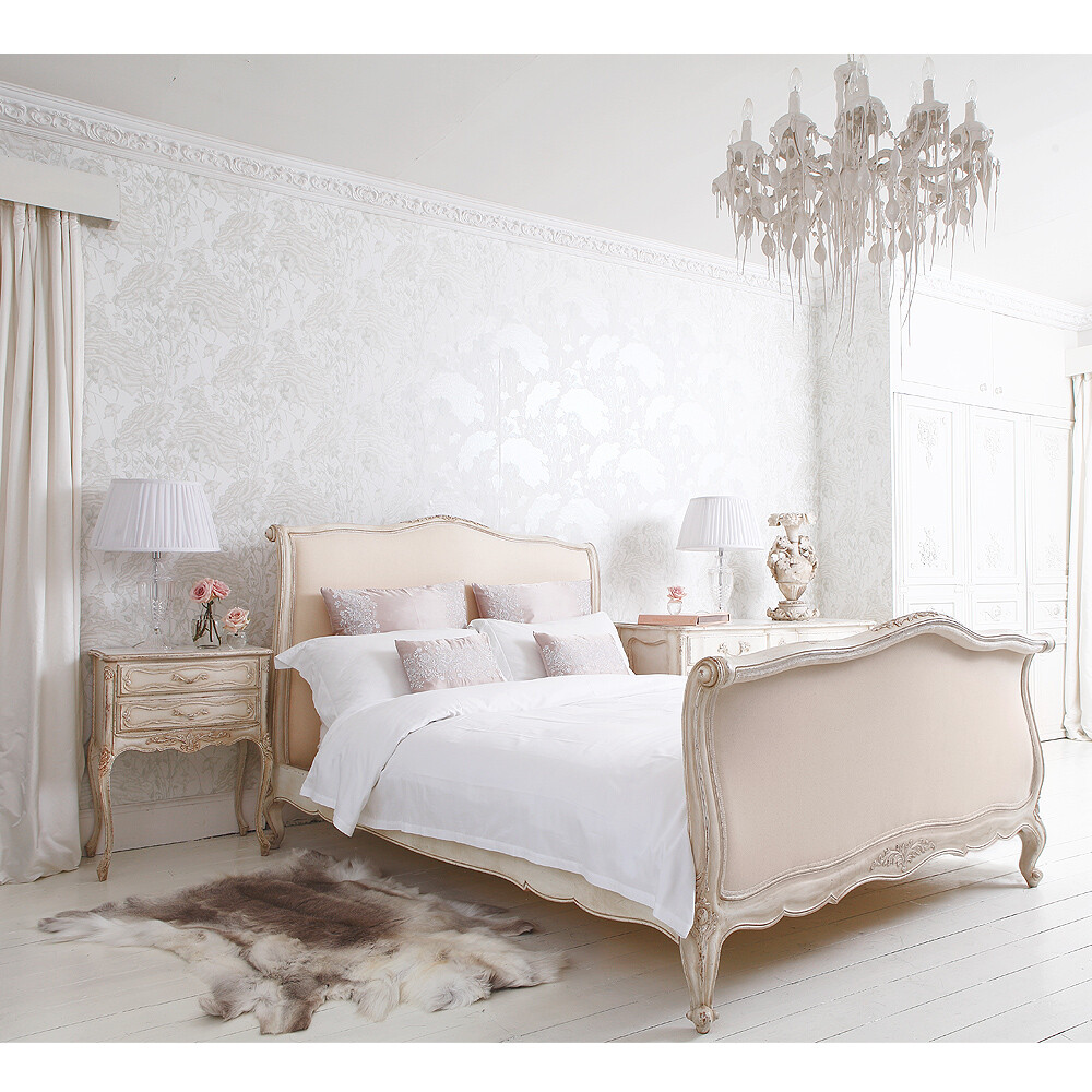 French bed rafinament elegance and romance in your bedroom - Chic french country inspired home real comfort and elegance ...