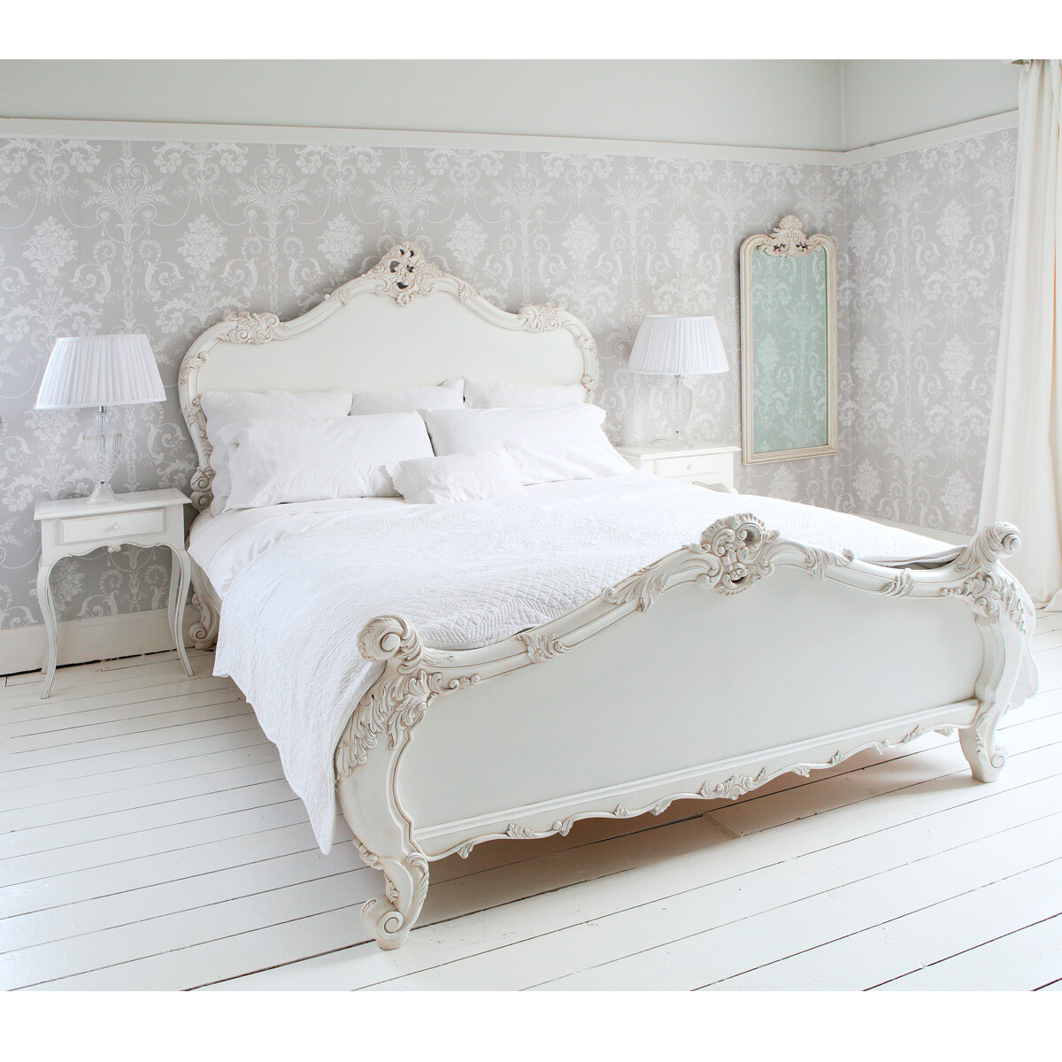 French bed rafinament elegance and romance in your bedroom - Lit provencal ...