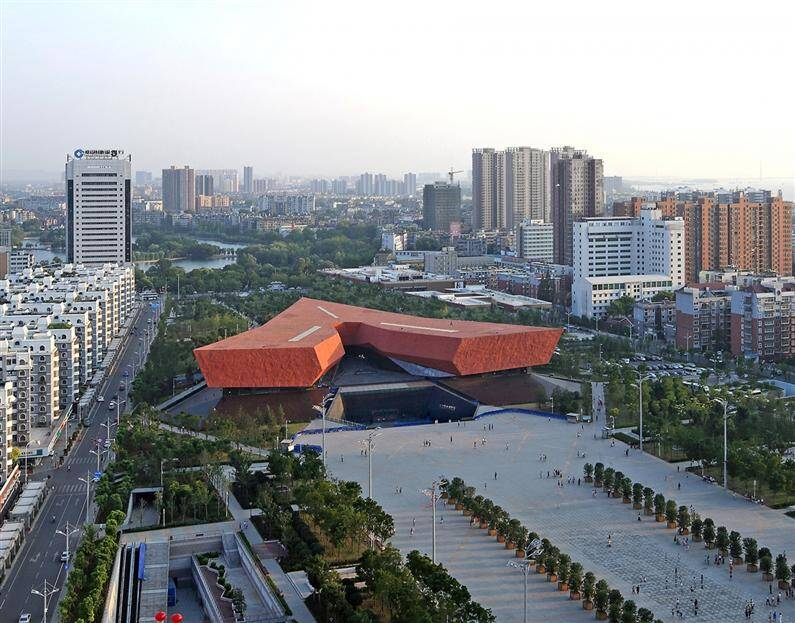 A Revolutionary Building to commemorate the Xin Hai Revolution a Wuhan, China - www.homeworlddesign.com (3)
