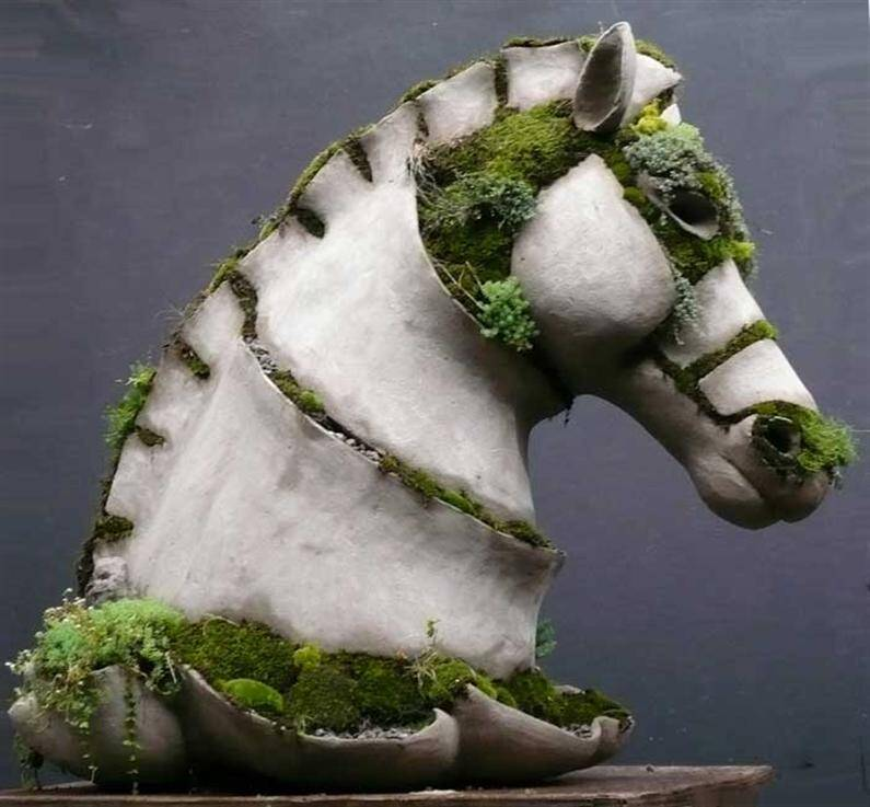 Bucephalus - Extraordinary symbiosis between art and botany - www.homeworlddesign.com