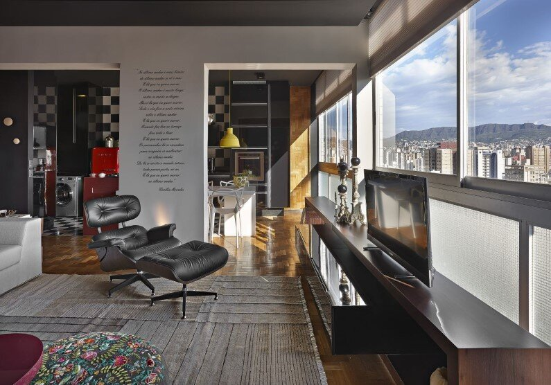 Retro style revived Santo Agostinho apartment renovated by architect Gislene Lopez - www.homeworlddesign.com   (19)
