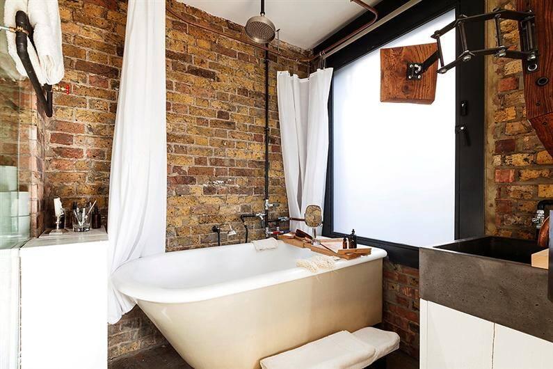 Wonderful apartment refurbished with unconventional interior design - www.homeworlddesign.com (3)