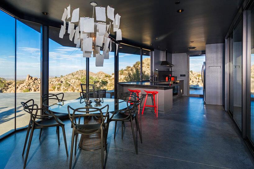 Black Desert House - Oller & Pejic and Marc Atlan Design Company - www.homeworlddesign (25)