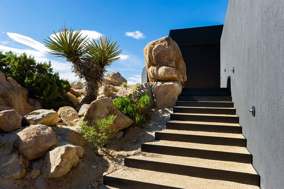 Black Desert House - Oller & Pejic and Marc Atlan Design Company - www.homeworlddesign (27)