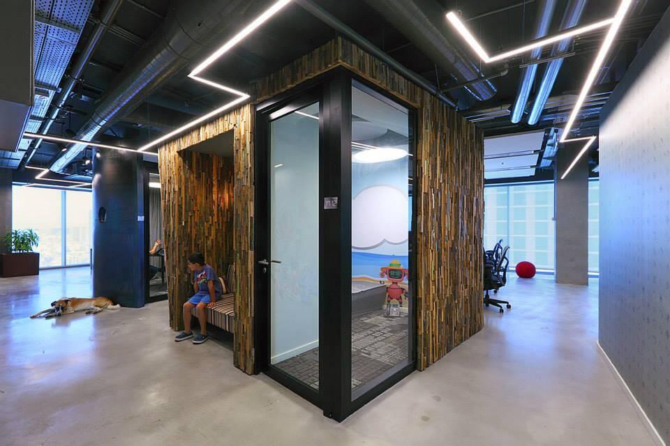 Inside Autodesk's New Office Setter Architects - www.homeworlddesign.com (18)