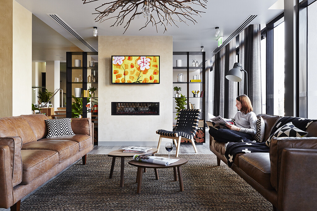 The Schaller Studio - Boutique Art Hotel  - www.homeworlddesign.com  (2)