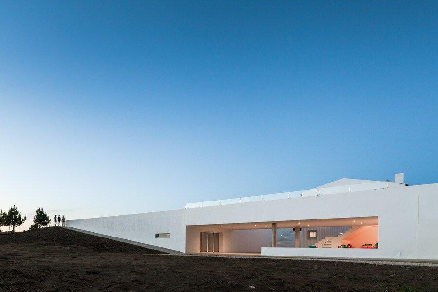 Pe no Monte by [i] DA Arquitectos - www.homeworlddesign. com (18)