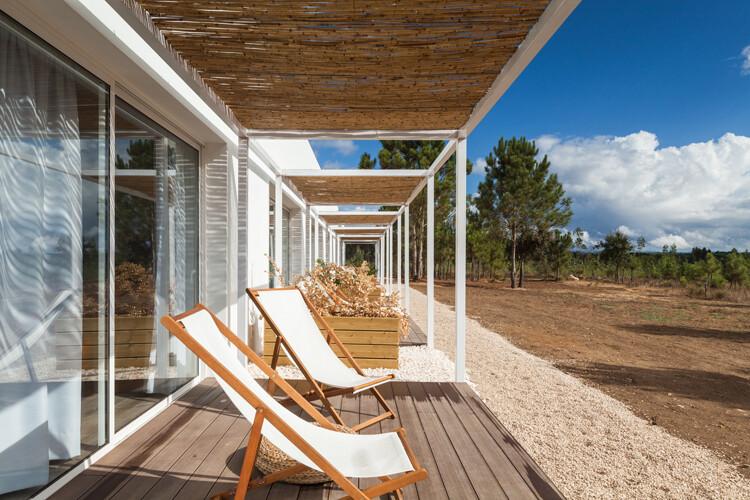 Pe no Monte by [i] DA Arquitectos - www.homeworlddesign. com (2)