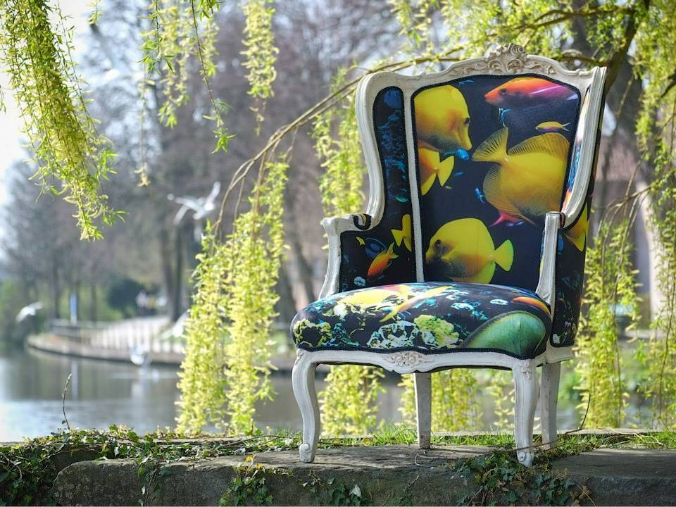 Upholstering old furniture - a solution to restore beauty - www.homeworlddesign. com (10)
