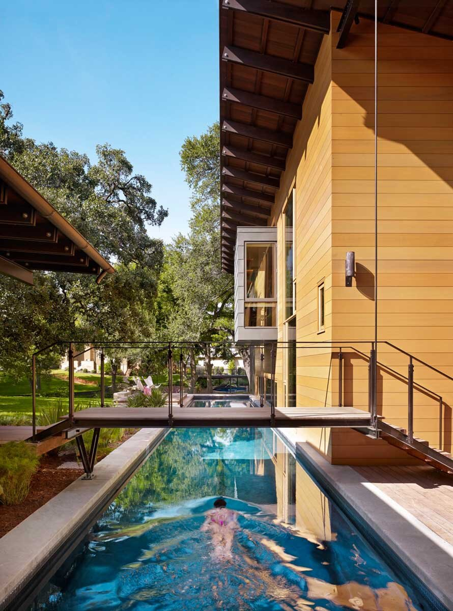 Modern Architects modern architecture connected to nature: hog pen creek residence