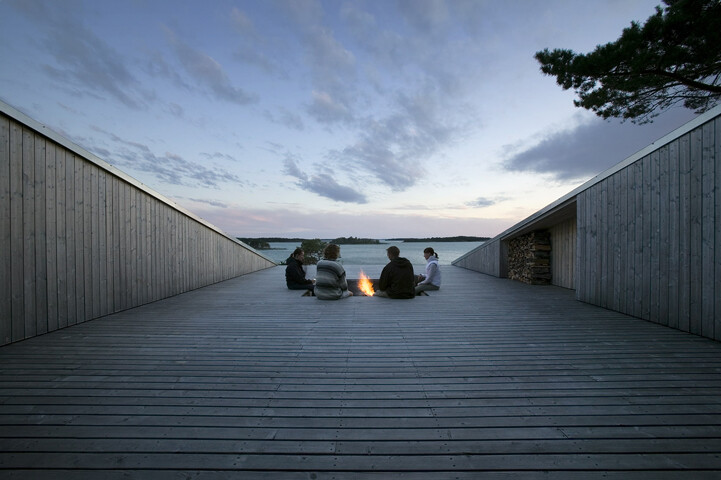 Villa Mecklin designed by Huttunen Lipasti Pakkanen Architects - www.homeworlddesign. com (12)