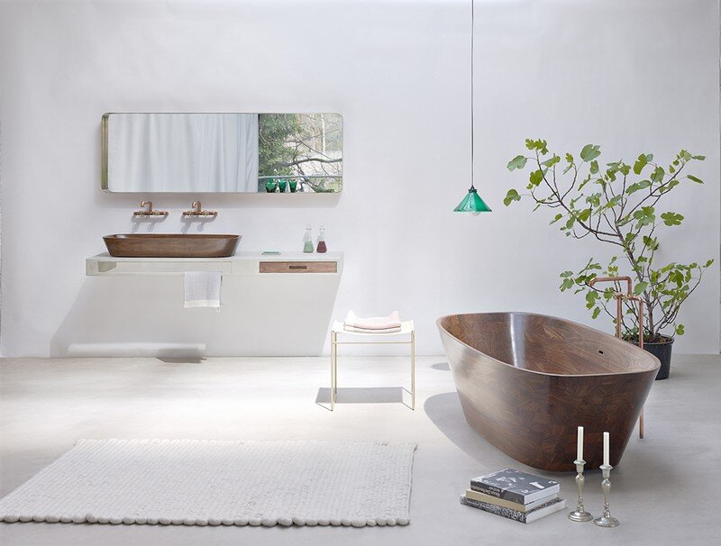 Delicate bath supplies made from aromatic walnut - www.homeworlddesign. com (1)