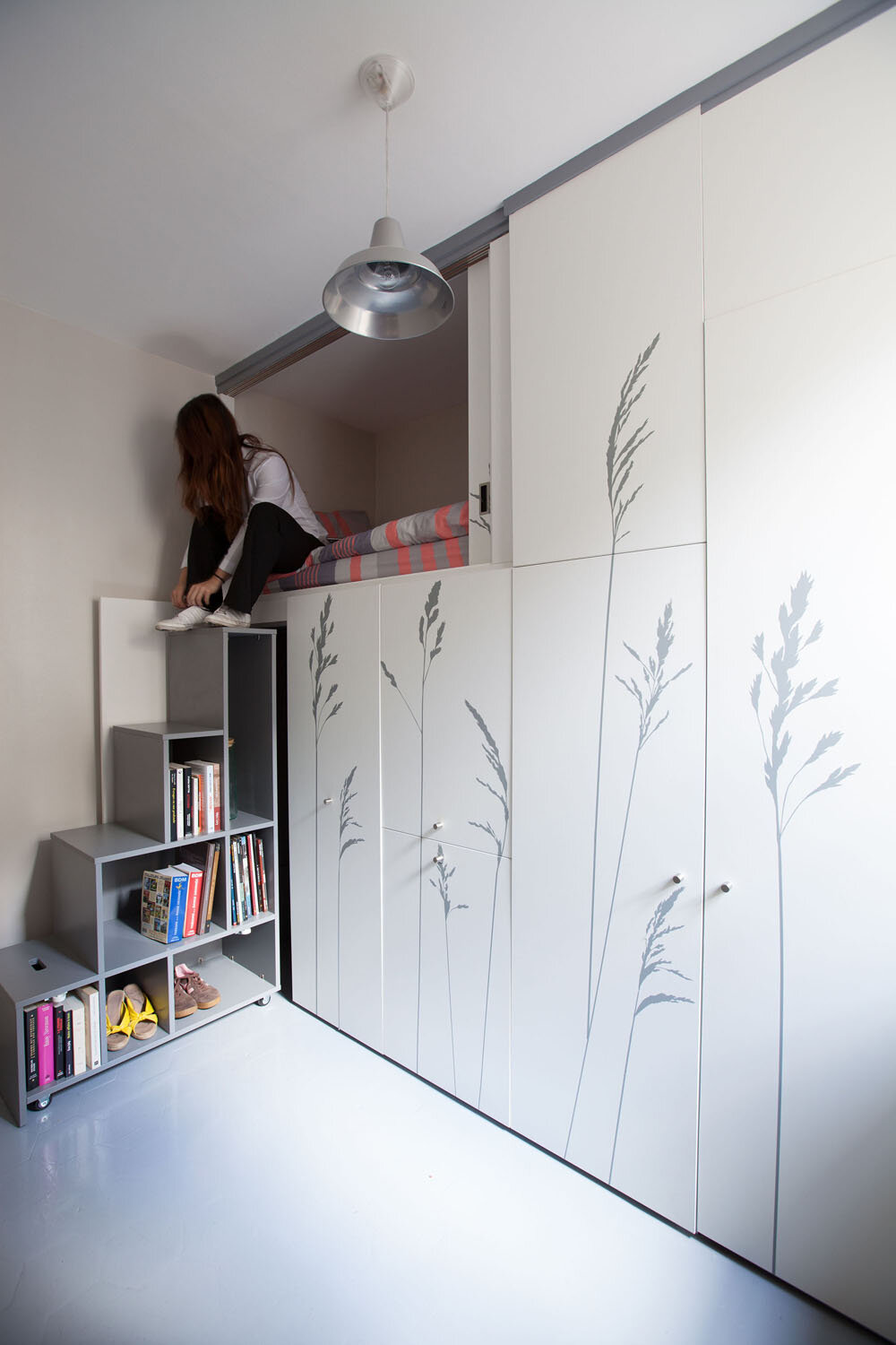 Tiny apartment in paris kitoko studio transform 8 square meters - Small housessquare meters ...