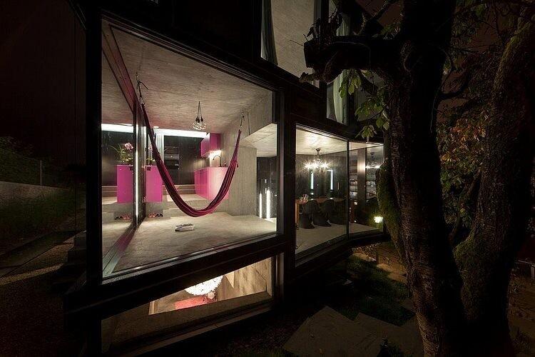 Trubel-House by L3P Architekten successful architectural solution for difficult terrain - www.homeworlddesign. com (15)