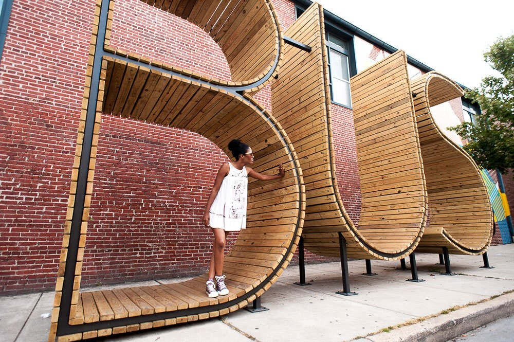 bus stop in baltimore three huge letters wwwhomeworlddesign com 11