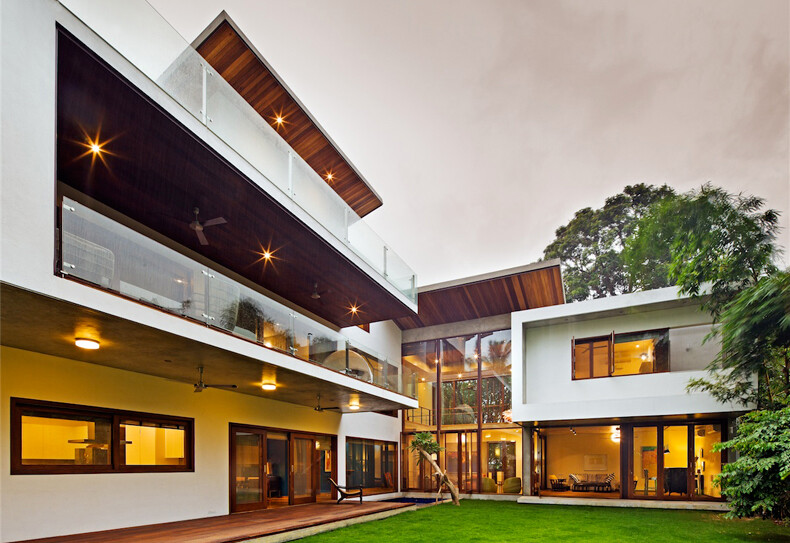 Bhuwalka House by Khosla Associates