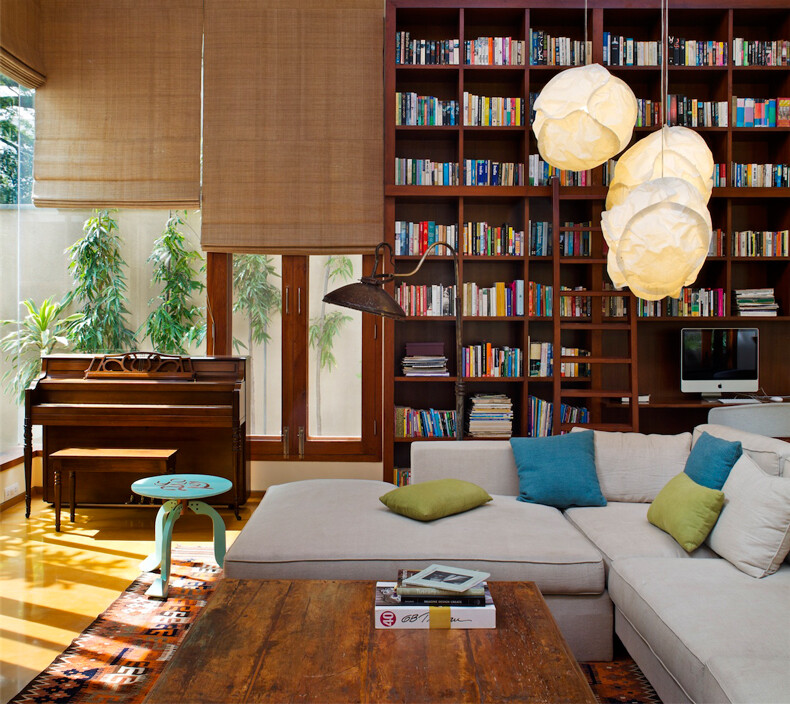 Library House contemporary architecture and nostalgic air - www.homeworlddesign. com (5)
