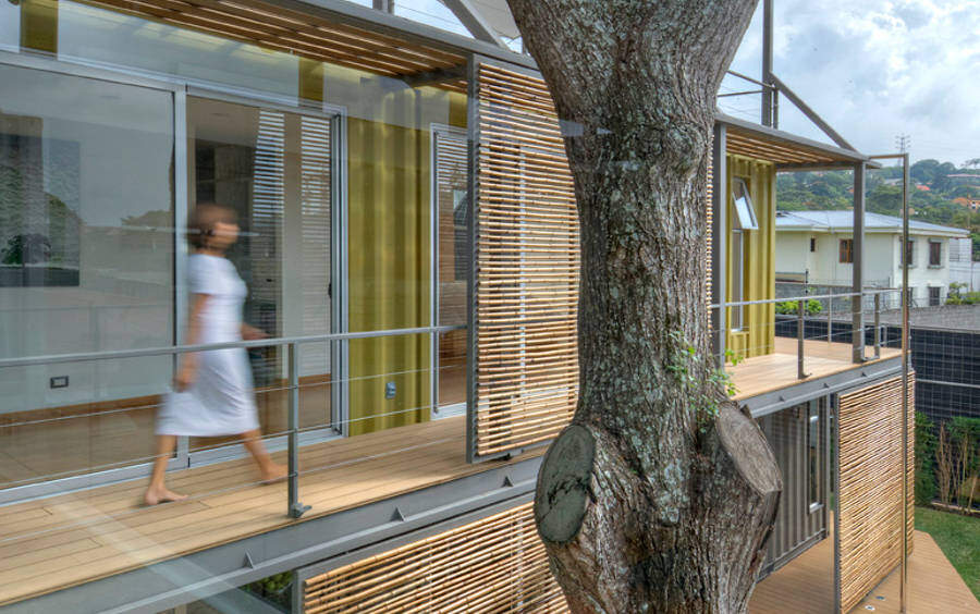 Shipping container house Incubo by Maria Jose Trejos - HomeWorldDesign (11)