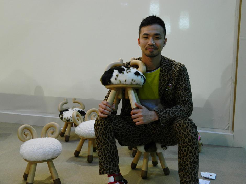 Collection of chairs Takeshi Sawada bring joy to children - HomeWorldDesign (1)
